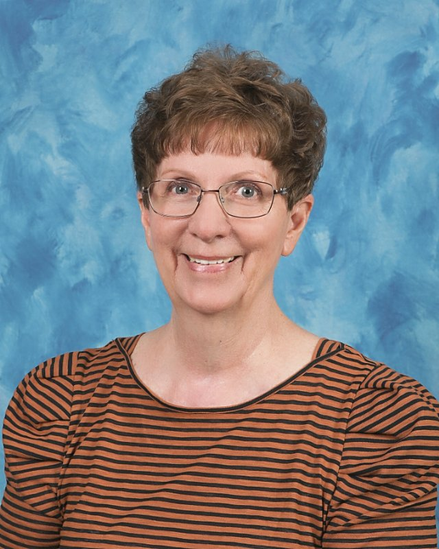 Mrs. Linda Glenwinkel : School Secretary